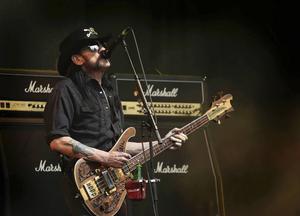 Lemmy Kilmister i Motörhead dog för ett par veckor sedan men hans inflytande kommer att leva vidare, enligt Björn Brånfelt.