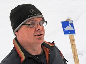 Tomas Hellsten uppmanar alla som inte redan är medlemmar att ansluta sig till en av kommunens skoterklubbar.