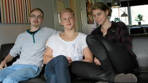 Christoffer Nilsson, Emil Andersson och Linnea Sörman från ABB Industrigymnasium driver tillsammans UF-företaget Studera Mera UF.