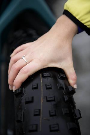 En fatbike måste ha minst 3,8 tum breda däck.