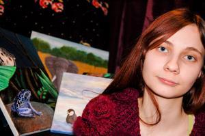 Sandra Moberg drömmer om en framtid som konstnär.