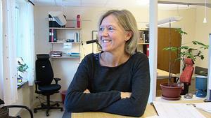 Lena Hellgren  åker skridskor igen, men då endast i grupp med människor hon känner sig trygg med.
