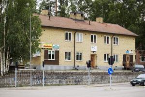 På Fredriksgatan 47 i Sandviken har Mehrdad Nesaei som driver Glasakuten i Gävle nu öppnat i Sandviken.