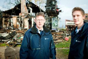 Kalle Berg och David Helsing initierar nu en genomgång av kommunens fastigheter, för att få fram om det finns sotningsbrister på fler ställen än i den nu totalförstörda förskolan i Sunnansjö.
