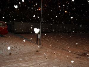I Falun snöar det hjärtan! Foto: Bosse Ströman