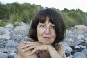 Marie Lundquist gästar Smedjebackens bibliotek på lördag. Hon kommer att samtal med DD:s kulturredaktör Ulf Lundén.