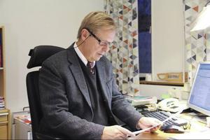 Kommunstyrelsen kommer att ge Tommy Staaf uppdraget att utreda en tvingande va - anläggning i Sörfjärden