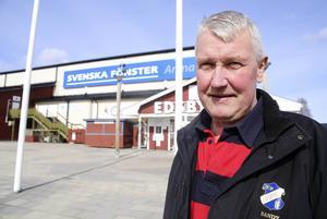 Edsbysn sportchef Stefan Karlsson byter format på klassiska försäsongscupen i hemmahallen.