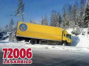 Lastbilen körde av Hamnleden i Härnösand på onsdagsmorgonen.