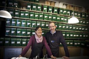 – Vår största konkurrent är Systembolaget. Om folk la en bråkdel på te av det de lade på vin skulle de kunna dricka väldigt bra te, säger Amanda och Jan Hemmingsson .