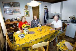 I STUGAN. Frv: Paula och Giovani Rigo och Ido Poloni.