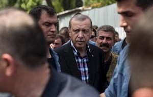 Turkiets president Recep Tayyip Erdogan stärker greppet efter helgens misslyckade kuppförsök, men det visar ändå att det finns en stark opposition mot den allt mer auktoritära regimen.