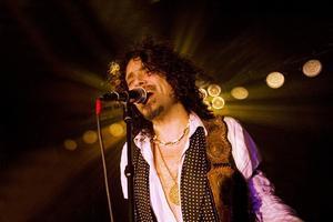 Conny Bloom hade många fans i Ljusdal när han besökte rockklubben i början av februari.