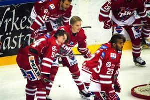 Jonathan Dahlén och Elias Pettersson – två stora framtidslöften i Timrå IK och för svensk hockey.