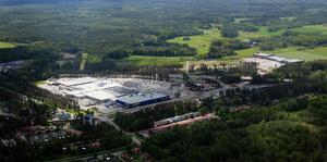 Politikerna säger nej till planerna att bygga ut Valbo köpcentrum.