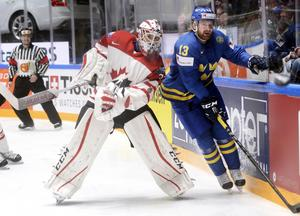 Mattias Ritola i Tre Kronortröjan under VM i våras.