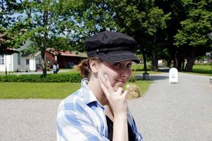Nyåterflyttade sandvikenbon Jessica Andersson är regissör och manusföfattare till