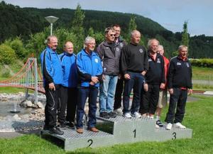 Överst på prispallen Örebros nyaste SM-guld vinnare.