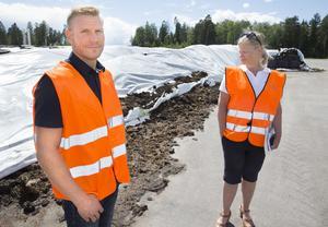 Micael Carlberg, enhetschef återvinning och Eva Favaro, informationschef Vafab Miljö.