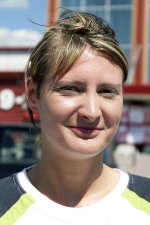 Elin Åkerlund, 25 år, Tierp:– Nej, groddar ser konstiga ut. Jag har aldrig ätit groddar och är inte rädd för ehec-smittan.