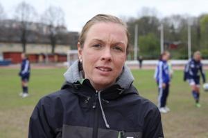 Ann-Marie Norlin på Kristinebergs idrottsanläggning när Djurgårdens damlag tränar, men bara som åskådare numer.