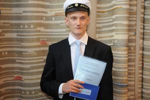 Pontus Sjöblom fick Elektriska installatörsorganisationens i Gävle-Daladistriktets stipendium till EC-programmets främsta elev.