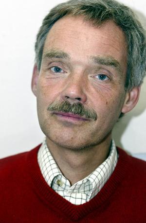 Carsten Dencker är tillförordnad landstingsdirektör.