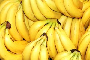 I många livsmedelsbutiker har efterfrågan på ekologiska bananer ökat markant efter Testfaktas gifttest.Foto:Shutterstock