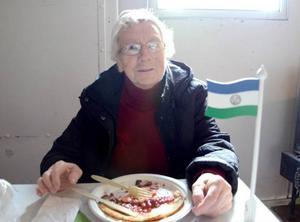 Erika Eriksson firade nationaldagen, och blev själv hyllad för att hon nyligen har fyllt 90 år.