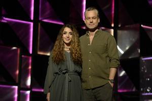 Henrik Schyffert leder Melodifestivalen i Norrköping tillsammans med Gina Dirawi. Det är en comeback i Melodifestivalsammanhang för Schyffert.