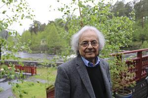 Poeten som kom till byn.