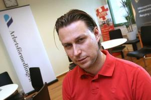 Erik Jaxgård från KFG jobbar med att hjälpa de uppsagda.