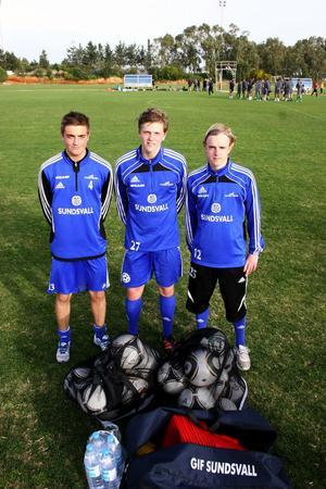 Den nya generationen är här. Dennis Olsson, Joakim Nilsson och Patrik Broman fick chansen att åka med GIF Sundsvall på Cypernlägret. Alla tre spås en fin fotbollsframtid och kan kanske till och med debutera i Allsvenskan i år.