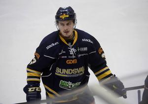Så här är vi mer vana vid att se Tommy Stenqvist, här i Sundsvall Hockey.