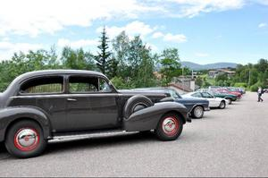 Ingen hemvändardag utan en veteranbilsutställning där ett 20-tal bilar visades upp.