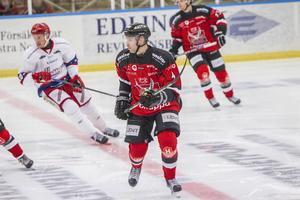 Niklas Lindmark får inte fortsätta i Hudik Hockey.