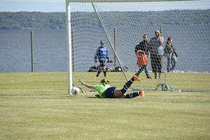Kvartsfinalen mellan SDFF och Njurunda IK avgjordes på straffar och slutade 3-4.