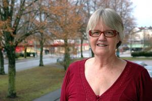 Aktuell författare. Anne-Marie Wikander från Tierp har skrivit en roman baserad på barndomens berättelser från Jämtland. I dag torsdag berättar hon om boken på Tierps bibliotek.