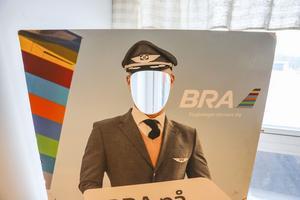 Flygbolaget valde att vara ansiktslösa i debatten i flygskattefrågan den här dagen.