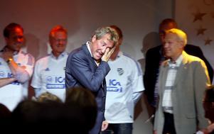 Erik Hamrén rörd till tårar under en återträff med IFK Sundsvalls gamla juniorlag.
