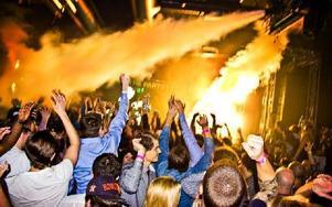 """Nöjeslivet har blivit allt större i Sälen. Exempelvis var det en stor housefestival kallad """"Where's the Party"""" förra helgen, vilket bara är ett av alla evenemang som sker under vintertid. Foto: Sofie Lind"""