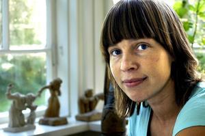 Therése Persson har skrivit en avhandling kring kvinnors självbild i olika åldrar.