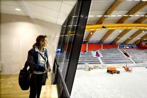 Maya Olsson, vd för Göransson Arena, har koll över arbetet kring
