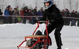 Helena Karlsson från Saxdalen tävlar i Mc-klassen.Foto: BENGT PETTERSSON