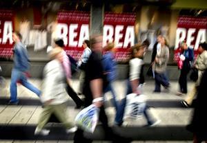 I dag, fredag den 25 november, infaller Black friday och En köpfri dag samtidigt. Det är bara att välja om man vill avstå helt från att handla eller shoppa loss rejält.