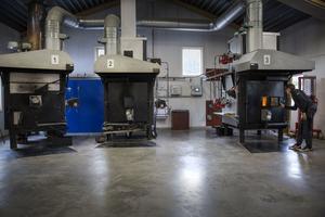 De tre ugnarna används flitigt i veckorna på Krema. En fjärde ugn planeras och bygget har redan påbörjats.