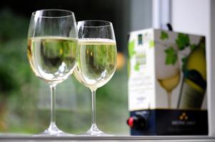 Sedan boxviner började säljas i Sverige har vinförsäljningen ökat med 40 procent.Foto: Anders Wiklund / SCANPIX