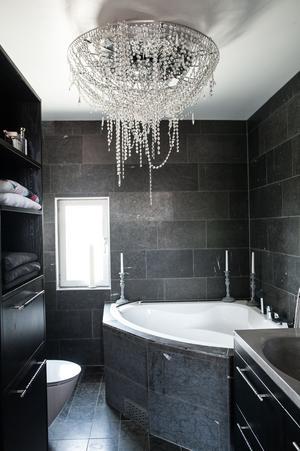 Nytt badrum fixat.