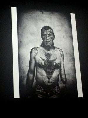 En av A nders Petersens alla svartvita bilder som också kännetecknar den närhet han uppnår.