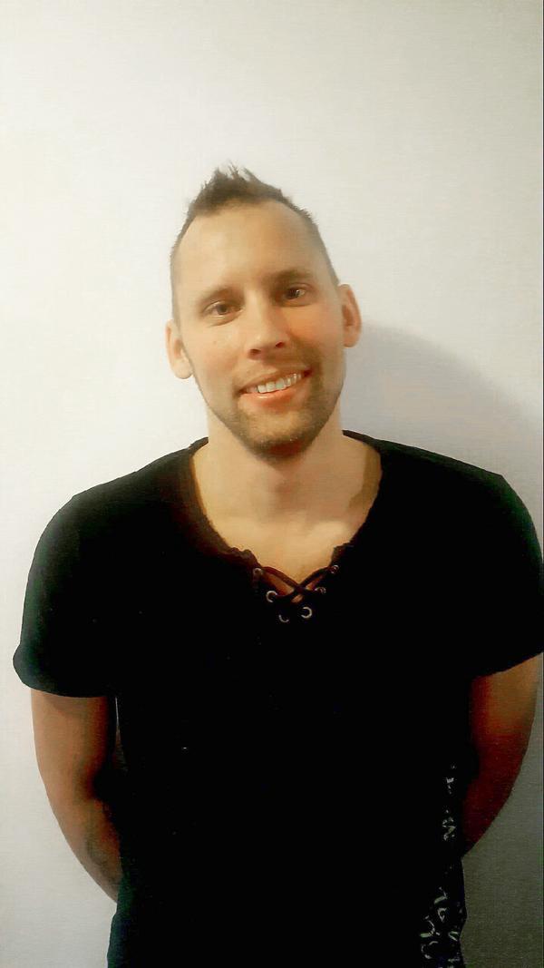 Fredrik Karlsson är en av dem som drabbats.